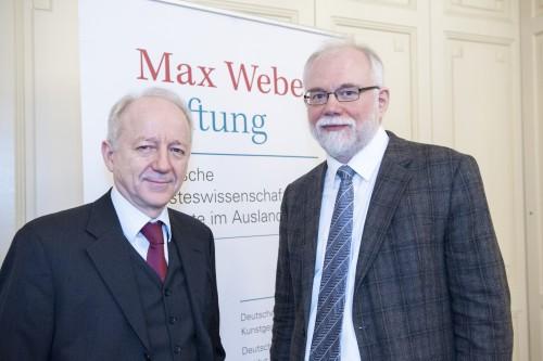 Nikolaus Katzer (links), hier mit Michail Bojcov, Beiratsmitglied des Instituts, leitet das DHI Moskau seit 2010.