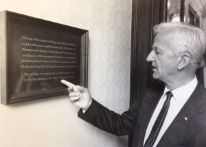 Bundespräsident Richard von Weizsäcker besucht das DHI London im Rahmen seines Staatsbesuches 1986